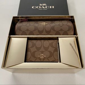 Coach MAKEUP BRUSH HOLDER AND MIRROR GIFT SET